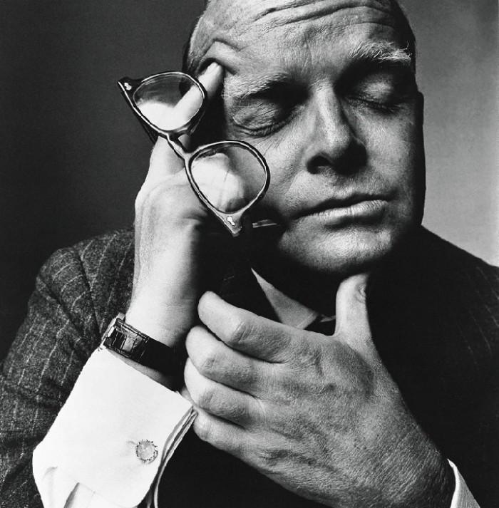 truman-capote-NY-1965-irving-penn